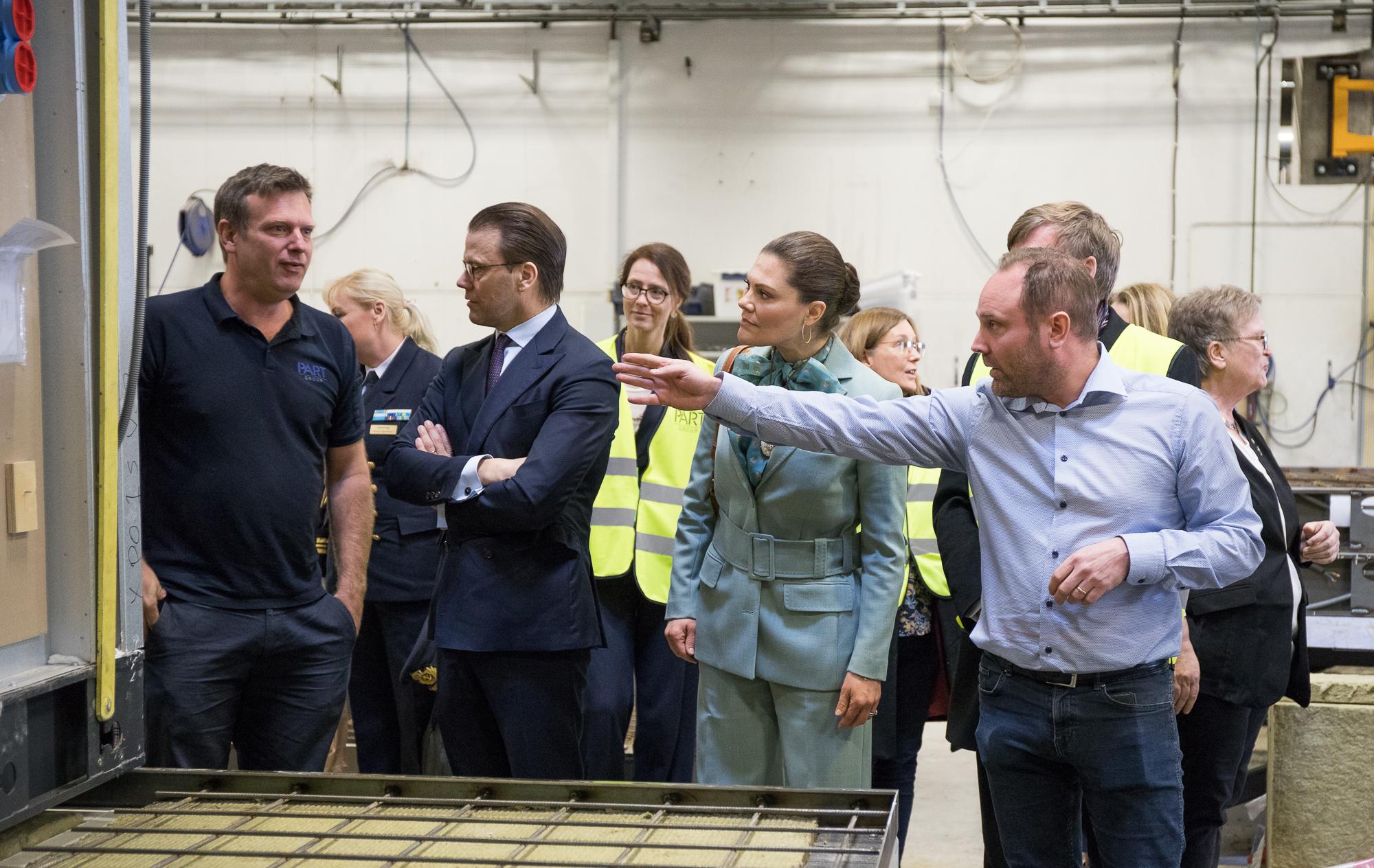 I mars 2020 besökte Kronprinsessan Victoria och prins Daniel Isolamins fabrik i Överkalix. Det blev tillfälle för en fabriksrundvandring där finbesöket bland annat kikade på de moduler som Isolamin just nu producerar till hotellprojekt XPO i Arlandastad.